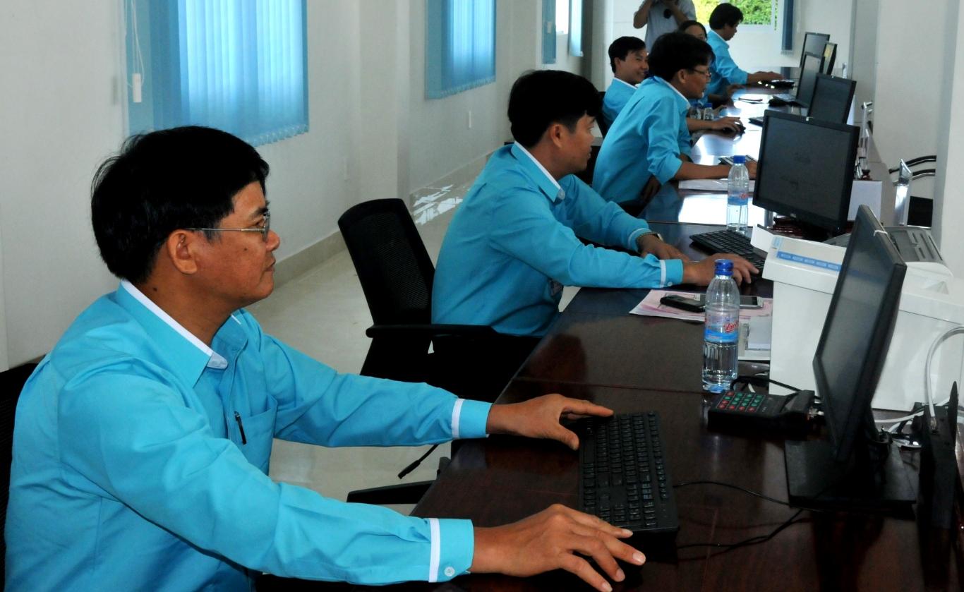 Hanh chinh cong